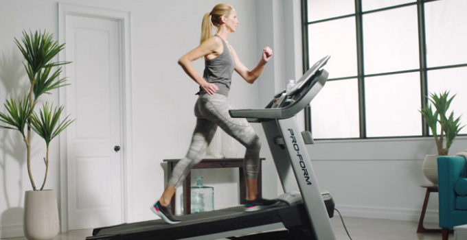 [TOP 10] Best Treadmills With TV Screen Reviews & Guides In 2021